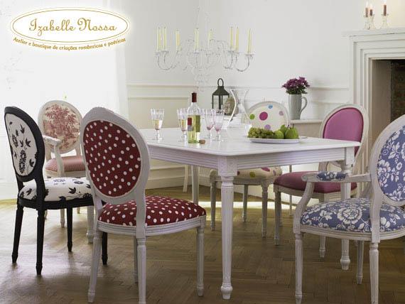 Cadeiras diferentes na cozinha for Sillas comedor estampadas